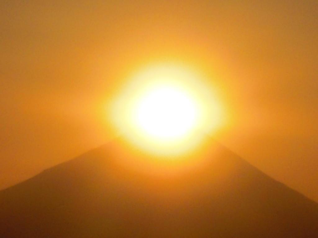 ダイヤモンド富士 高尾山 より