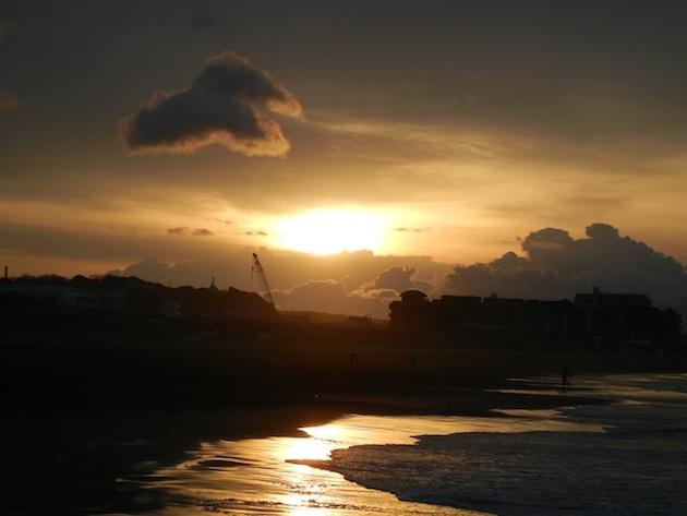 日の出 鵠沼海岸